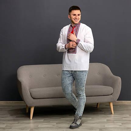 Украинская мужская вышиванка с красным орнаментом, фото 2