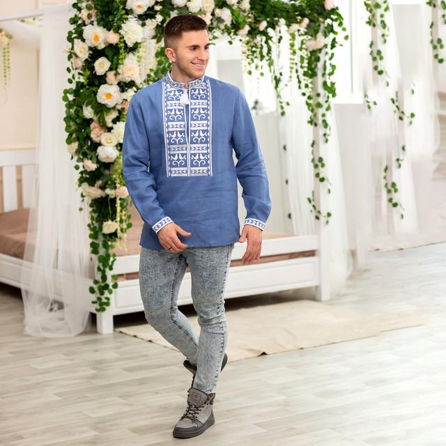 Мужская вышиванка белая с белой вышивкой