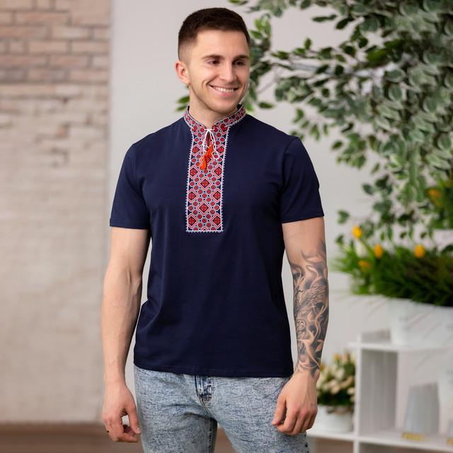 Трикотажная синяя мужская вышиванка Орнамент красный