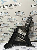 Кронштейн бампера заднего правый (хетчбек) Renault Laguna III 850440001r