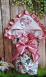 Красивый конверт на выписку  для новорожденных, с  рюшами и вышивкой, фото 3