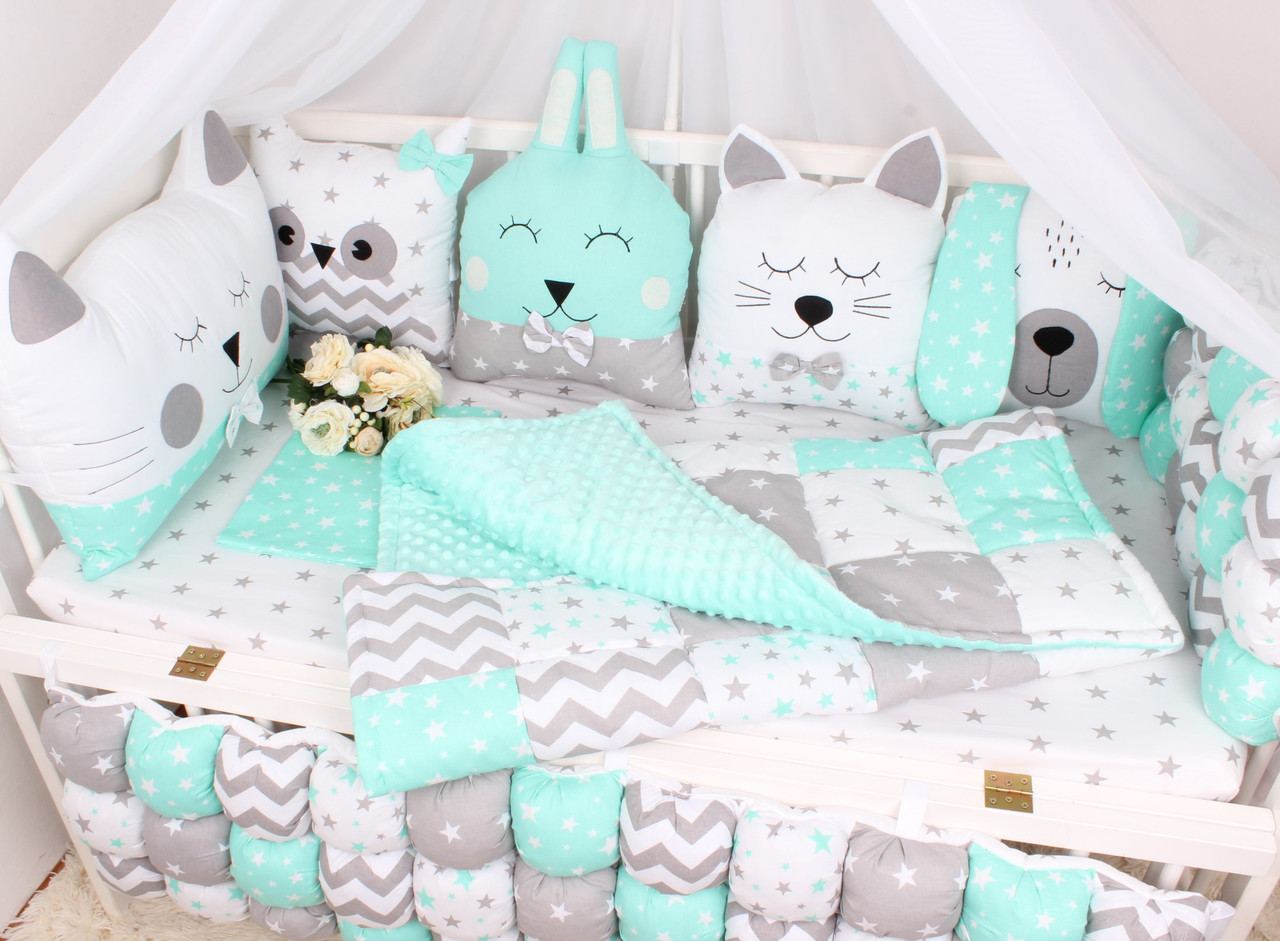 Комплект в кроватку с зверюшками в нежно Мятных тонах