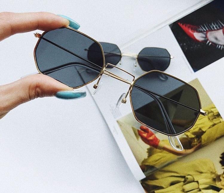 Солнцезащитные очки Ray Ban шестигранные черные