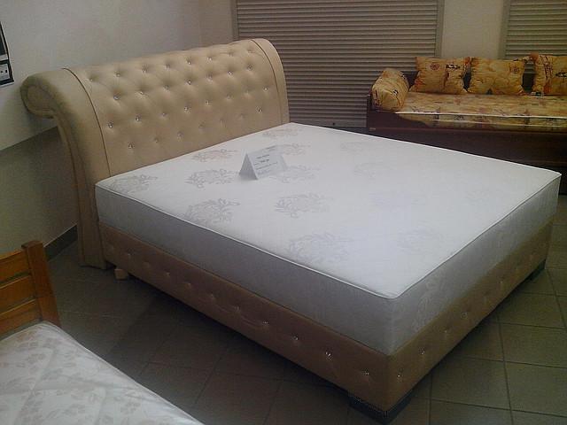 Кровать Нувола