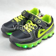 Детские светящиеся кроссовки с led подсветкой подошва USB зелёные 32р.