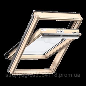 Мансардное окно VELUX Стандарт GZL1051, ручка сверху, дерево/лак, 78х118