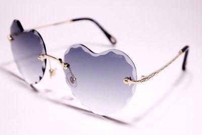 Солнцезащитные очки Chloe 'Rosie' в форме сердца серые