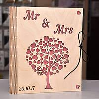 """Фотоальбом из дерева """"Mr & Mrs"""""""