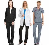 Медицинские костюмы в качестве каждодневной рабочей формы