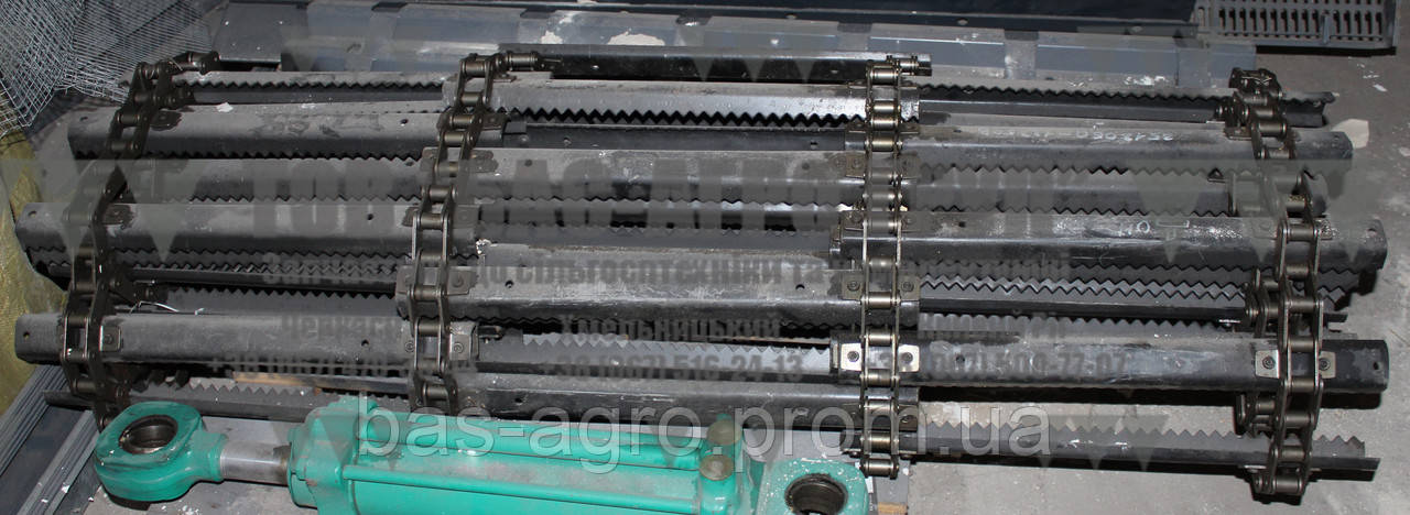 Транспортер наклонной камеры 3518060-18350В Ростсельмаш оригинал