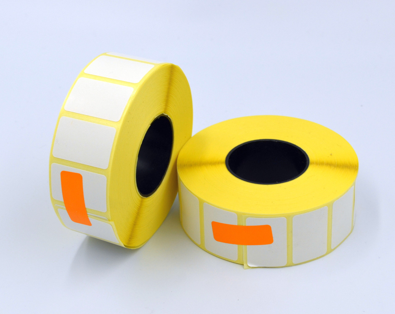 Mobitehnika Этикетка 30*20 2000шт. вт.40 полуглянец для термотрансферных принтеров, рулон 101 мм.