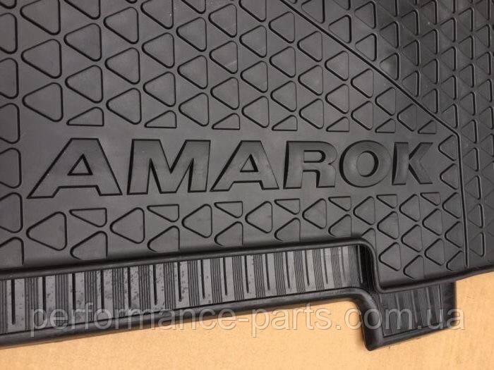 2H006151282V Коврики резиновые задние VW Amarok