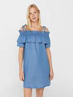 187673531ca Короткое летнее джинсовое платье с рюшами фирмы Mango