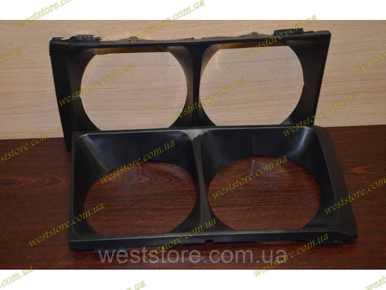 Облицювання фар (окуляри) Ваз 2103, 2106 чорна Росія