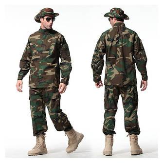 Тактическая обувь и камуфляжная одежда