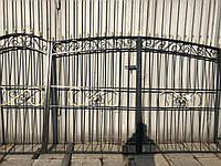 Кованые ворота для частного дома (въездные кованые ворота)
