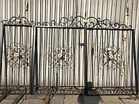 Кованые ворота для частного дома (комплектуются поворотными петлями с шариком внутри)