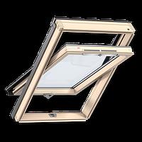 Мансардное окно VELUX Оптима GZR 3050B, ручка снизу, дерево/лак, 55х78
