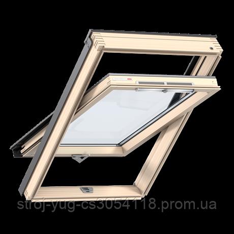 Мансардное окно VELUX Оптима GZR 3050B, ручка снизу, дерево/лак, 55х98