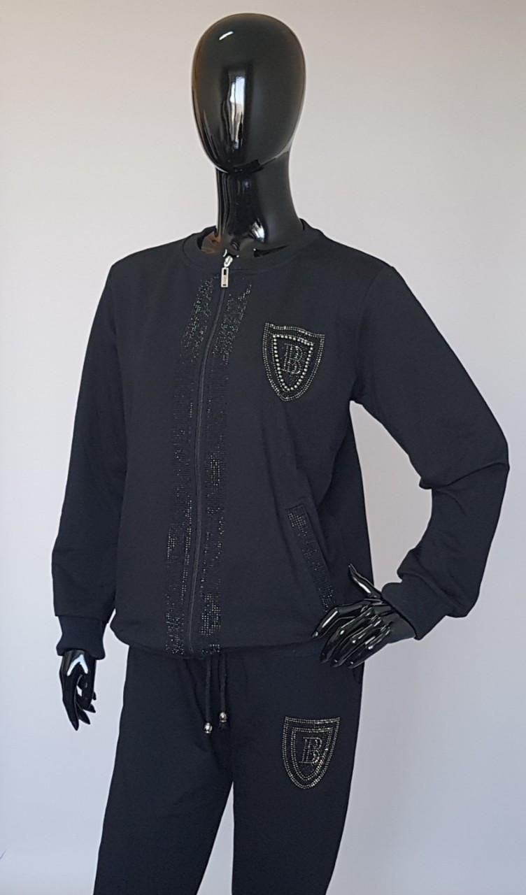 Женский спортивный костюм украшенный стразами (Турция)