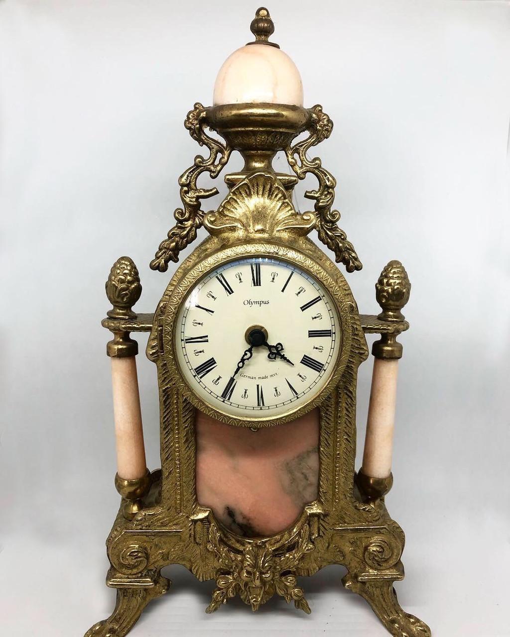 Настольные каминные часы из португальской бронзы и мрамора Virtus 1945 высота 38 см