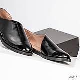 Стильные черные лаковые женские туфли с боковым вырезом, фото 6