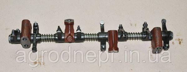 Клапаный механізм у зборі Д-240
