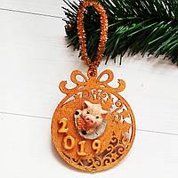 Свинья символ 2019 года Елочная игрушка – подвеска «Новогодний шар»  Новогодний декор ручной работы
