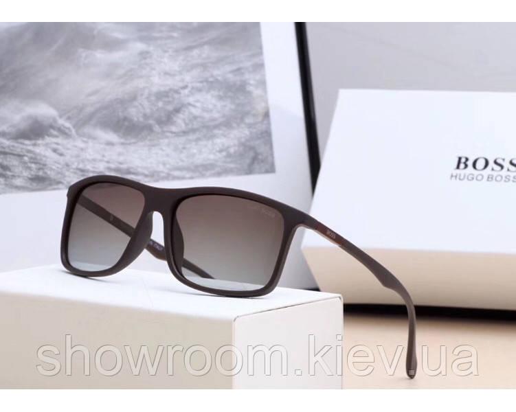 Мужские солнцезащитные очки в стиле Boss (0992) коричневые