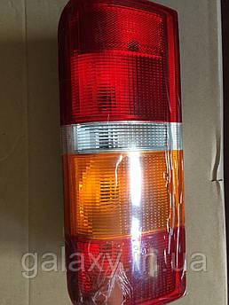Задний правый фонарь Ford Transit с платой Форд Транзит