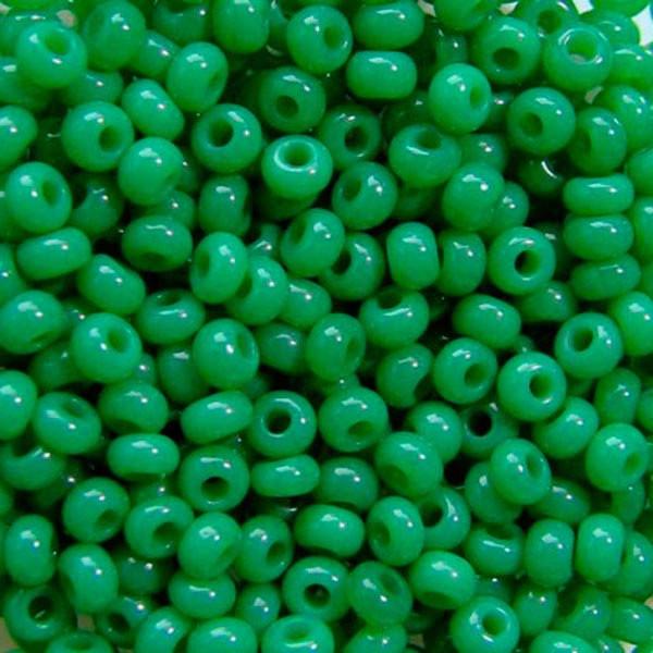 Чеський бісер Preciosa (Прециоза) оригінал 50г 31119-52240-10 зелений