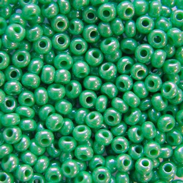 Чешский бисер Preciosa (Прециоза) оригинал 50г 33119-58210-10 зеленый