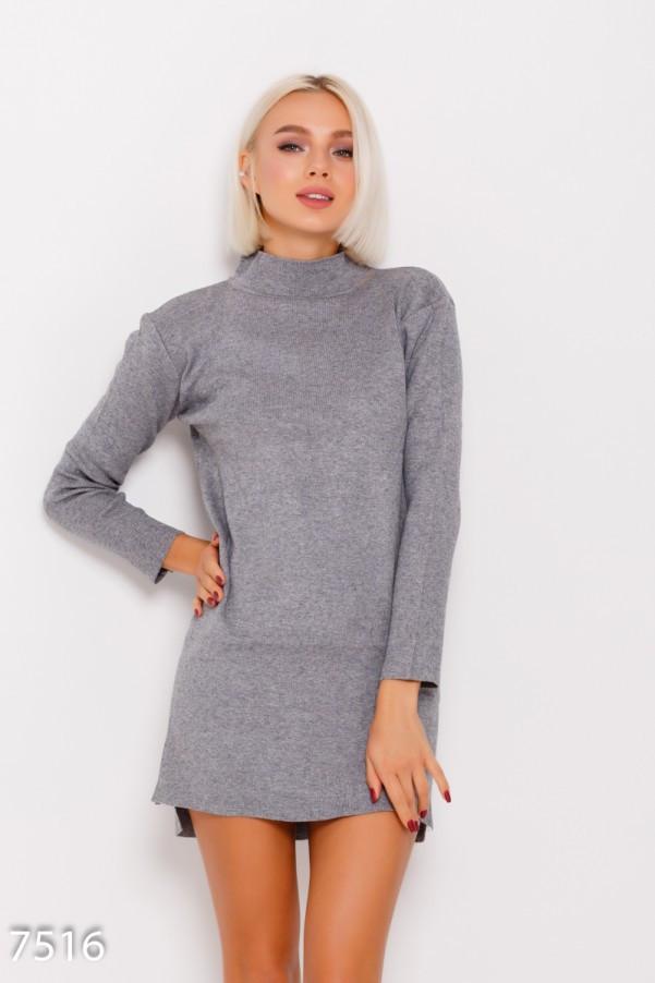 0a28b1cbd60 Серое ангоровое асимметричное платье с воротником-гольфом и длинными  рукавами
