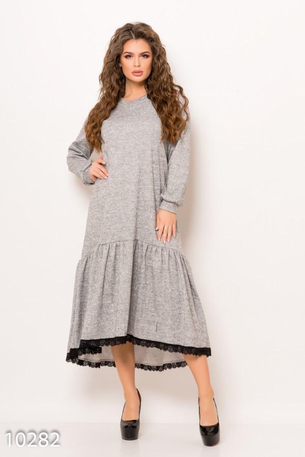 0480b084bdc Светло-серое меланжевое ангоровое длинное платье с широким воланом ...