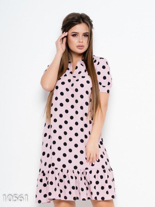 Сиреневое платье в горошек с воланом