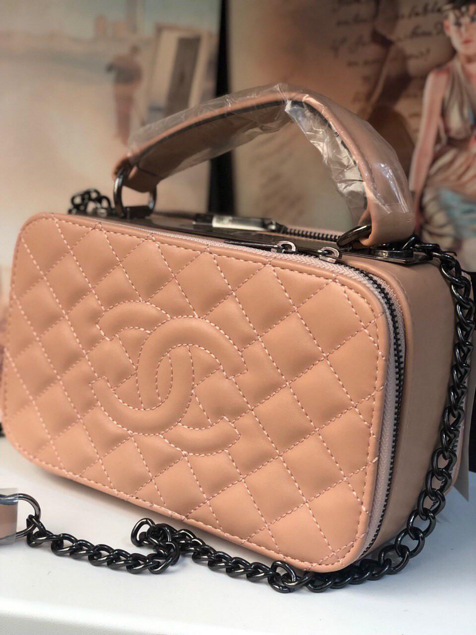 1042e4582a95 Сумка Клатч Шанель реплика Chanel саквояж pink: продажа, цена в ...