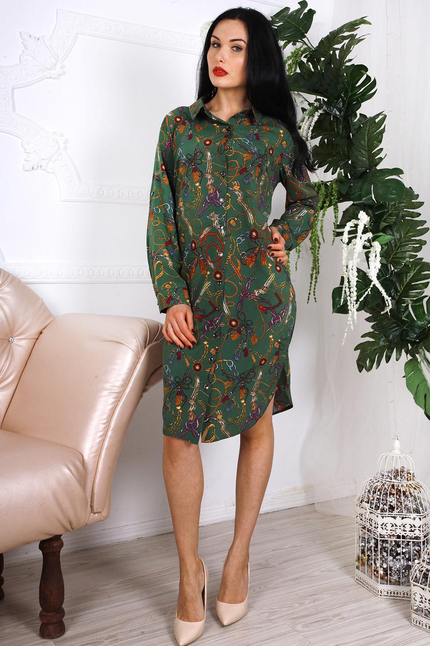 Красивое платье с абстрактным принтом