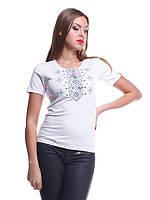 Качественная женская футболка вышиванка с орнаментом