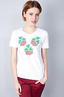Молодежная футболка с вышивкой  в украинском стиле