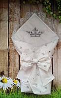 Конверт на выписку с вышивкой и кружевом Короны