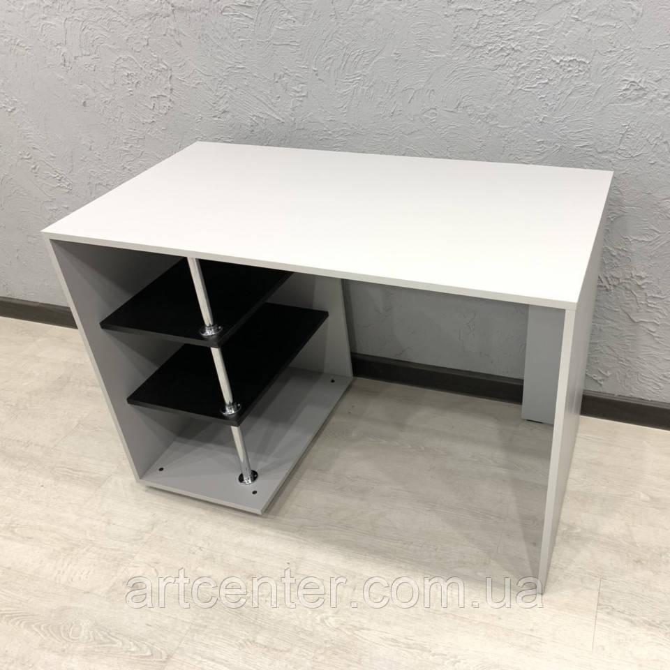 Маникюрный стол с открытыми полочками
