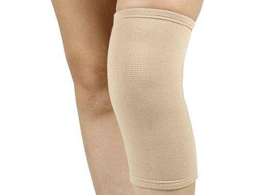 Еластичний Бандаж на колінний суглоб ES-701, Ortop