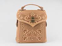 Кожаный бежевый рюкзак ручной работы, сумочка-рюкзак с авторским тиснением в стиле бохо, фото 1