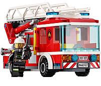 Lego City Пожарный автомобиль с лестницей 60107, фото 5