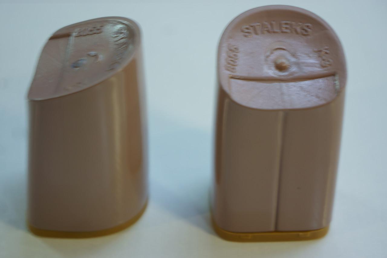 Каблук женский пластиковый 8055 h-7,4 ; 7,7; 8.0. Цвет кофе с молоком.