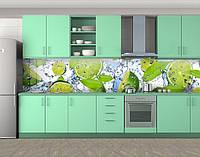 Кухонный фартук Зеленые лаймы в воде (Виниловая пленка для скинали на кухню) 60 х 300 см.