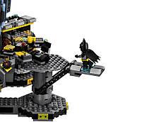 Lego Batman Movie Нападение на Бэтпещеру 70909, фото 9