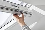 Мансардное влагостойкое окно VELUX Стандарт Плюс GLU 0061, ручка сверху,дерево/полиуретан,2-х камерный, 94х140, фото 6