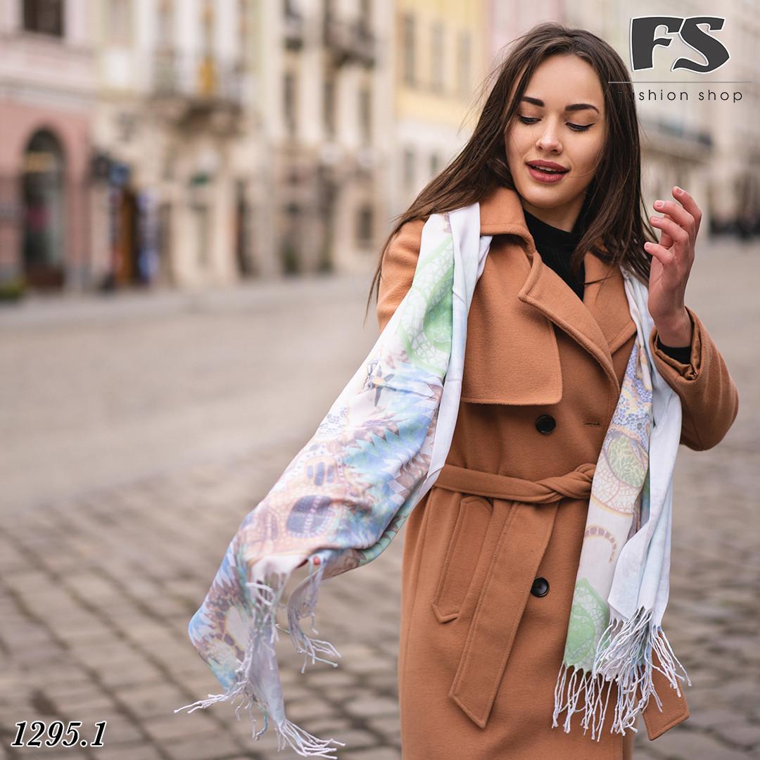 Стильний шарф Ініт