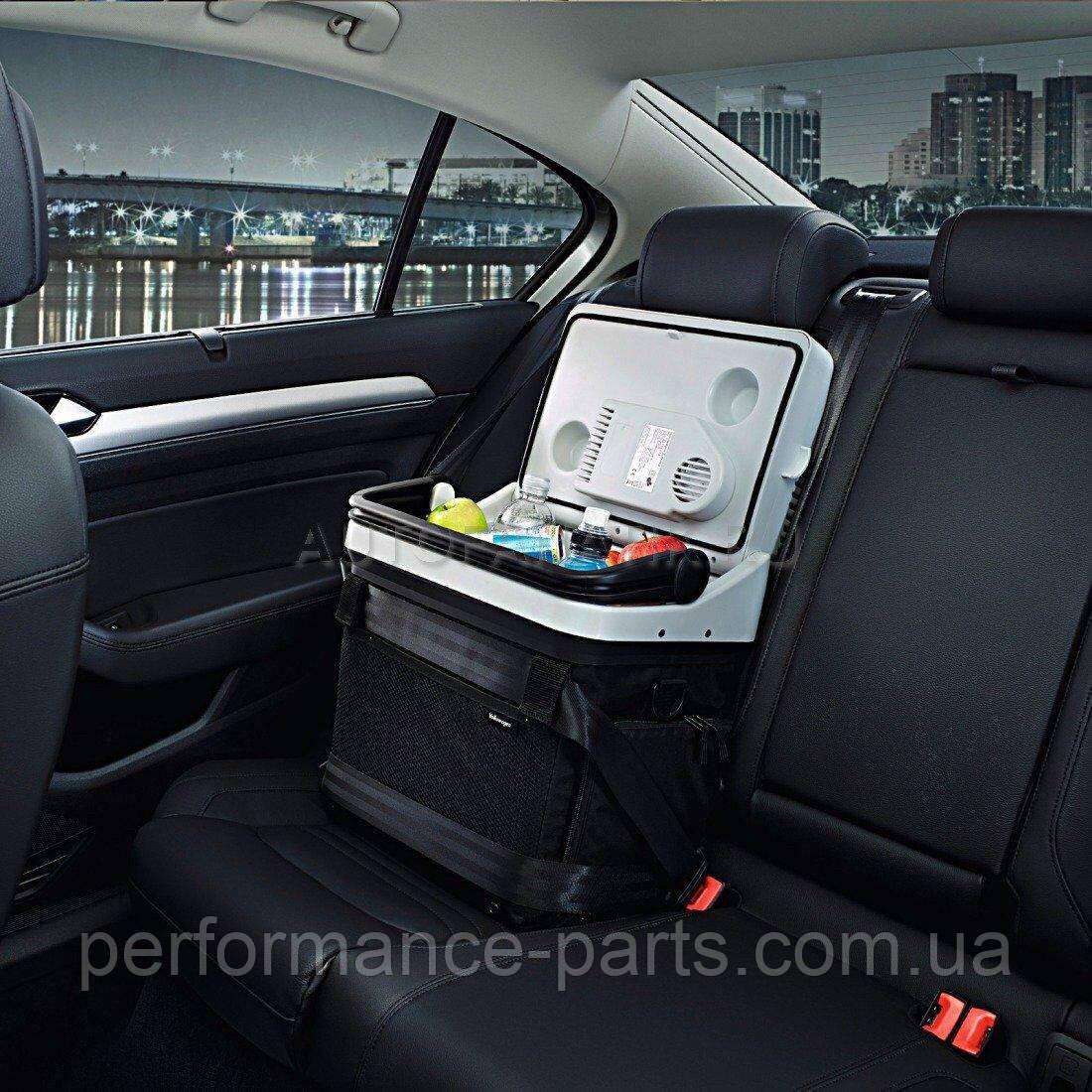 Автомобільний холодильник-термос Volkswagen Cool & Thermos Box, артикул 000065400F